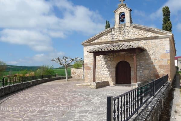 No Caminho de Santiago, saindo de Rabé de las Calzadas fica a Ermita de Nuestra Señora del Monasterio.