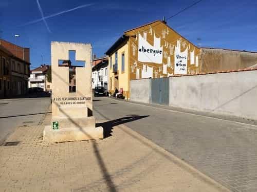Foto do albergue de Villares de Órbigo.
